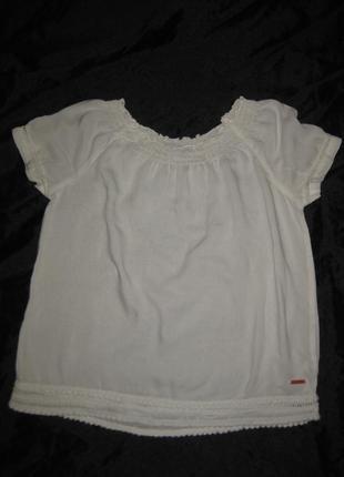11-14 лет, белая лёгкая батистовая блузка, можно в школу