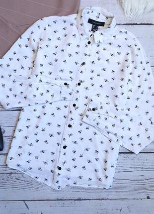 Белая рубашка в пчелки