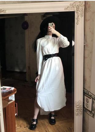 Винтажное белое платье