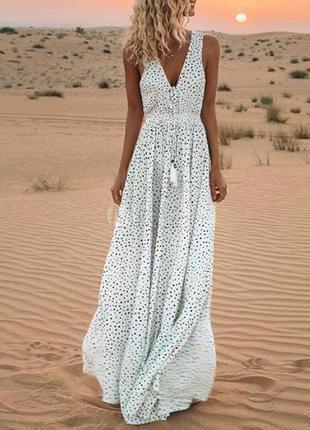 Шикарное длинное платье в горошек с китицами  airydress