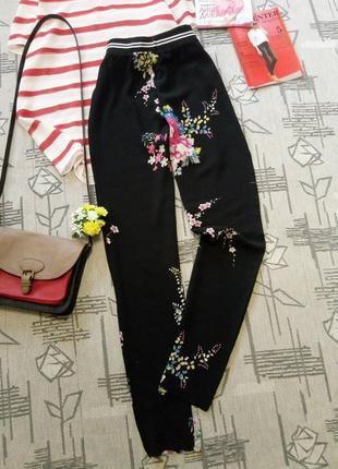 Красивые легкие брючки с цветами, young, размер xs-s