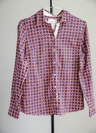 Модная блуза с воротником стойкой s.oliver
