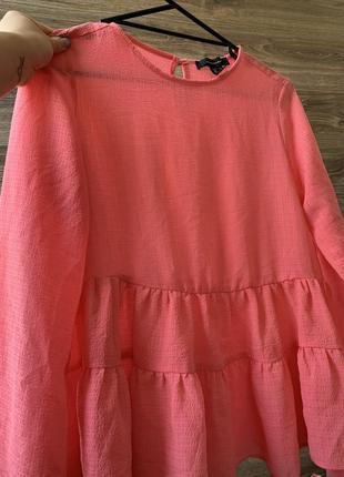 Блуза нежная романтичная розовая с воланами и длинным рукавом