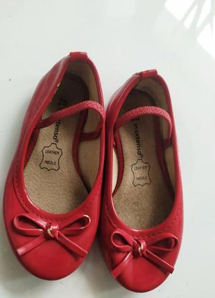 Красные бордовые туфли балетки на девочку