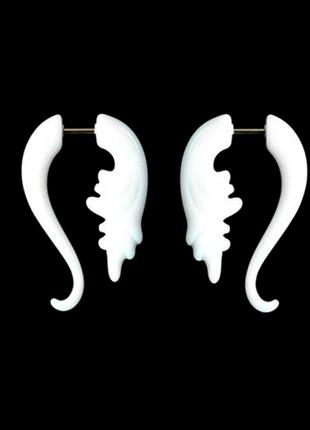 Серьги серёжки обманки плаги лжерастяжки белые