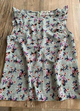 Блуза  топ без рукавов в цветочный принт нежная романтичная