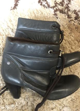 Кожаные ботинки mexx