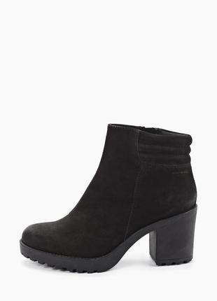 Ботильоны vagabond grace, черные ботинки нобук, полусапоги на каблуке