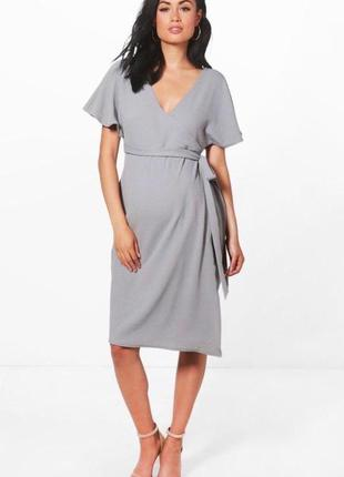 Серое миди платье на запах для беременных легкое