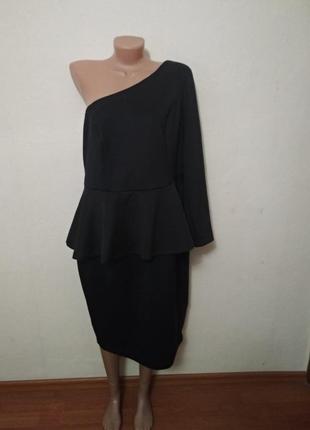 Шикарное платье с баской королевского размера
