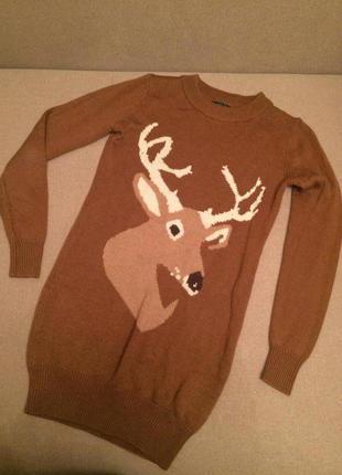 Милый свитер с оленем