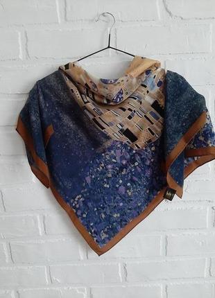 Красивый шелковый платок gallonero