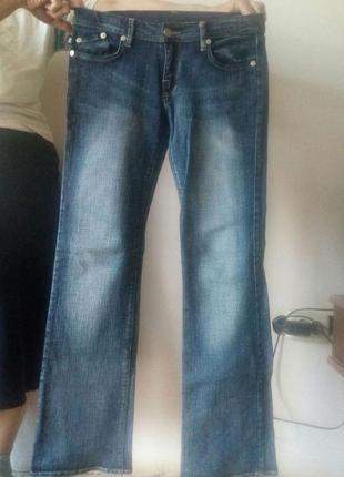 Стильные джинсы /сверяйте по замерам.