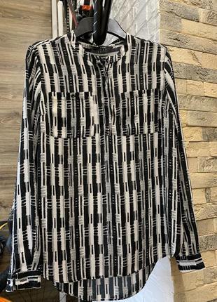 Блуза женская черно белая с длинным рукавом оверсайз