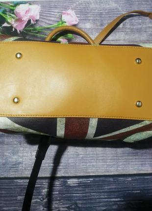 Шыкарная сумочка сумка на одно отделение.4 фото