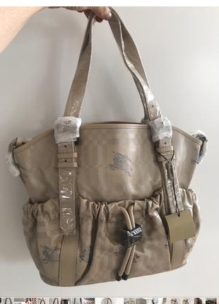 Новая сумка berberry