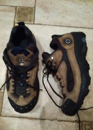 Туфли  кросы mountain athletics размер  24.5 стелька .смотрите описание.