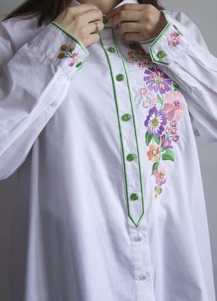 Невероятно красивая рубашка с вышивкой от дизайнера  bob mackie - wearable art
