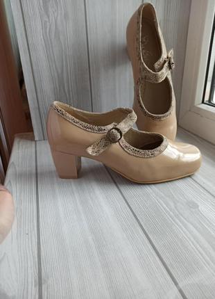 Туфли мери джейн блочный каблук квадратный носок