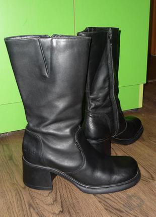 Ботинки широкий каблук