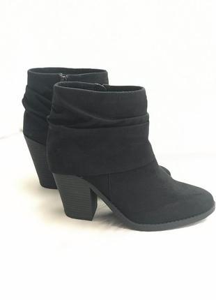 Ботинки замшевые esprit р 39