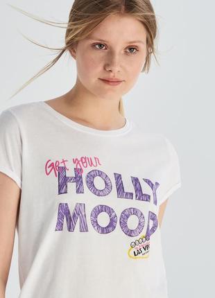 Женская футболка 1026н