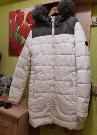 Куртка зимова бренду cecil 2020 року