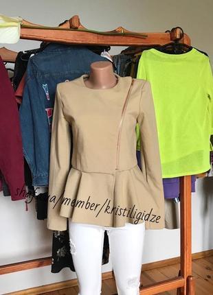 Стильный пиджак жакет куртка с баской nly trend р. м