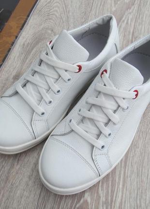 Качественные белые кеды кожаные для девочки 32--40размер