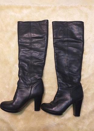 Чорні шкіряні  чоботи весна-осінь