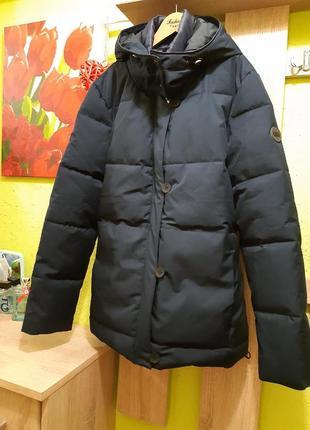 Куртка від бренду  cecil
