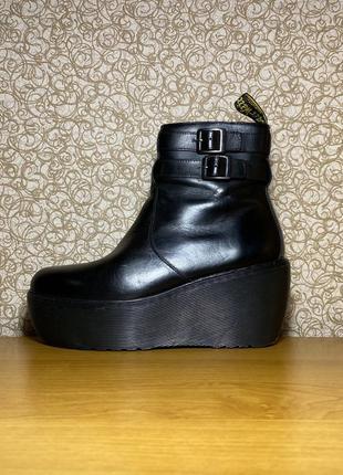 Кожаные ботинки на высокой подошве dr.martens caitlin aw501 ol 08 p оригинал размер 38