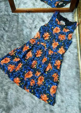 Платье со шнурованной спинкой из коттона insight