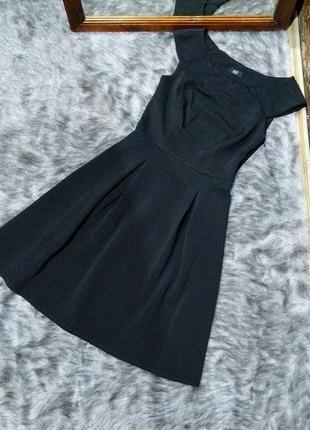 Платье из фактурной немнущейся ткани f&f