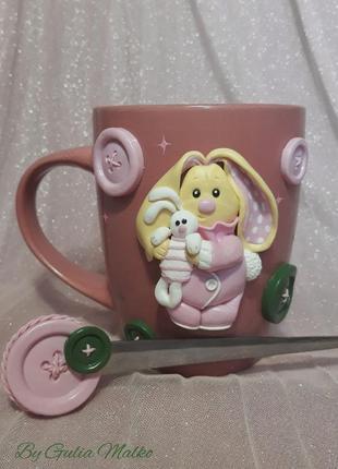 Чашка с зайцем