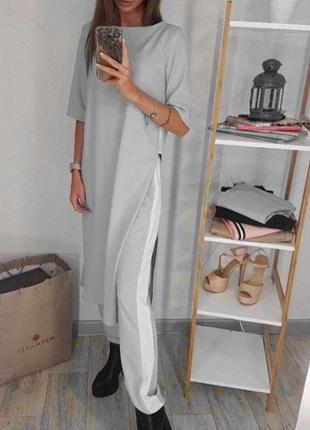 Стильный костюм с длиной туникой