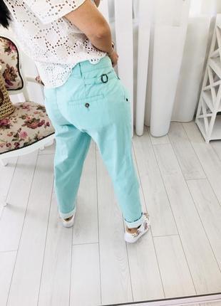 Летние чиносы штаны брюки с защипами в мятном цвете protest2 фото