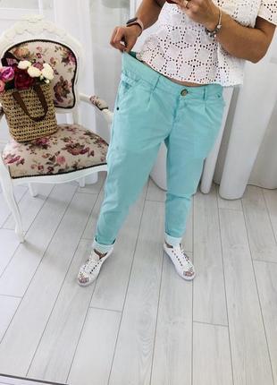 Летние чиносы штаны брюки с защипами в мятном цвете protest6 фото