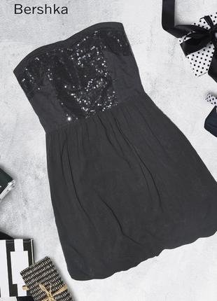 Платье с паетками bershka
