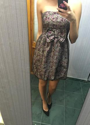 Нарядное красивое платье короткое бюстье в цветочный принт стильное с бантом asos