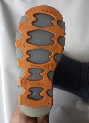 Детские резиновые сапоги, италия2 фото