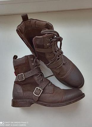 Levis ботинки