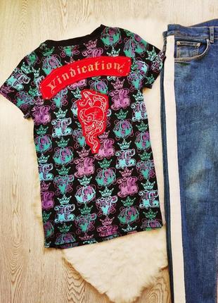 Натуральная цветная футболка с принтом рисунком коронами стразами сердцем унисекс2 фото