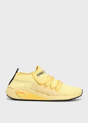 Женские желтые кроссовки