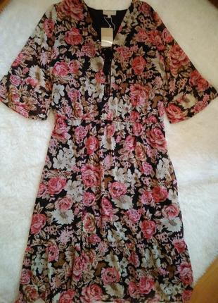 Шикарное шифоновое платье в цветочный принт батал