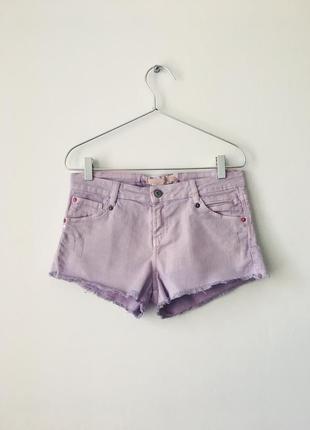 Нежно-сиреневые джинсовые шорты bershka