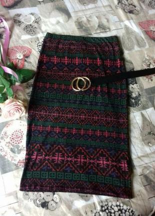Трикотажная юбка миди в принт