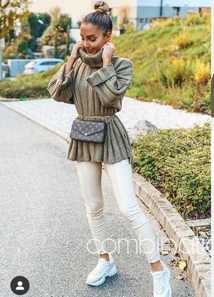 Новый объемный свитер хаки zara