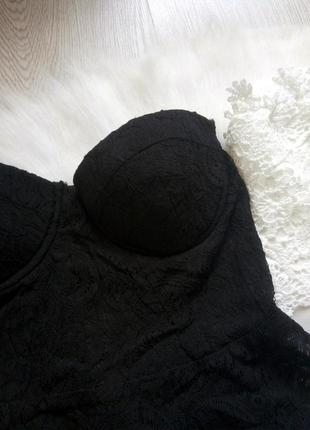 Черный кроп топ бандо бюстье с чашками баской гипюр ажурный с силиконом нарядный4 фото