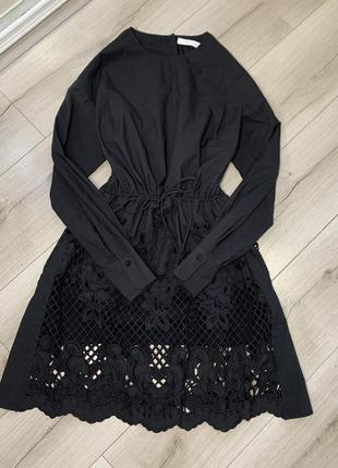 Чёрное котоновое платье с вышивкой ажуром chloe